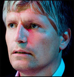 ENIG MED ERNA: Nestleder Ola Elvestuen i Venstre er enig med Solberg i at Sunde og Fagermo reagerer for sterkt. Foto: Scanpix