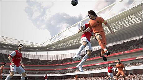 SPILLESTIL: I «FIFA 11» legger man mer merke til hvordan spillere behandler, kontrollerer og dribler ballen. Her ser du Puyol i kjent positur. Foto: EA SPORTS