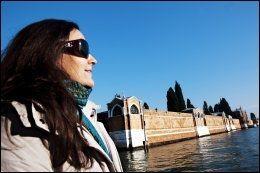 GODE TIPS: Forfatter Kristin Flood bor i Venezia, og deler gjerne sine tips med nordmenn skal besøke byen. Foto: KARIN BEATE NØSTERUD: