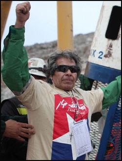 PENSJONISTEN: Mario Gomez (63) skulle pensjonere seg, men ble fanget i den kollapsede gruven. Foto: AFP
