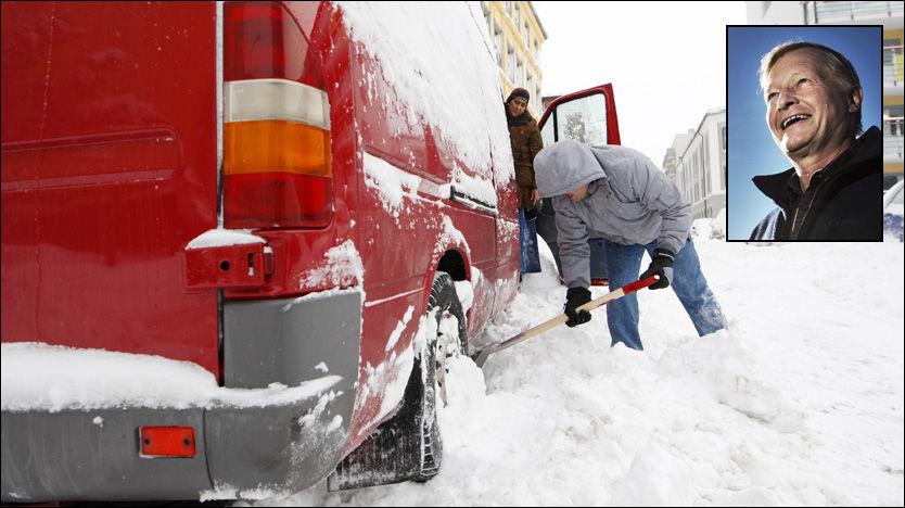 SNØFALL: Snart er vinteren tilbake - kanskje allerede neste uke, ifølge statsmeteorolog Haakon Melhuus (innfelt). Her fra Oslo i fjor vinter. Foto: Scanpix/Frode Hansen