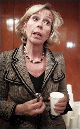 LØFTER: Helseminister Anne-Grete Strøm-Erichsen kom med konkrete løfter for å bedre tilbudet til psykisk syke, men har foreløpig ikke innfridd disse. Foto: VG