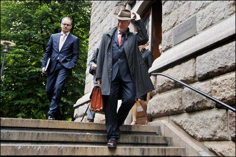 INNBRINGENDE: Hatten til finansminister Sigbjørn Johnsen gikk for 35.000 kroner. Foto: Scanpix