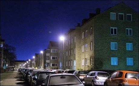 Politiet pågrep den 38-år gamle mannen i denne blokka ved halv syv tiden lørdag kveld. Foto: