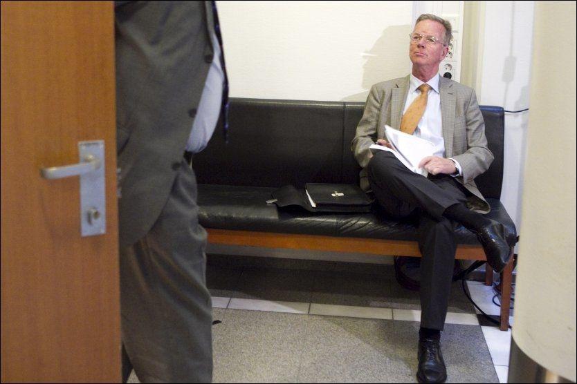 VITNET: Direktør på Stortinget, Hans Brattestå, vitnet mandag i saken mot de to bedrageritiltalte stortingsrepresentantene Anders Talleraas og Magnus Stangeland i Oslo Tingrett. Foto: SCANPIX
