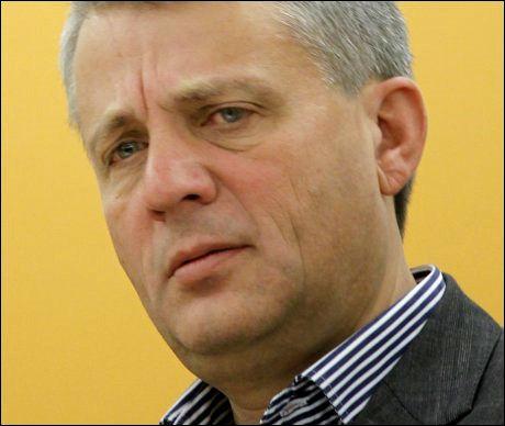 KREVER VETO: KrF-leder Dagfinn Høybråten. Foto: SCANPIX
