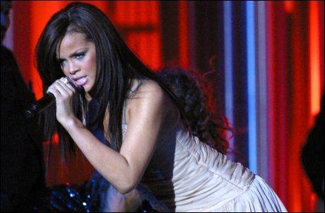 FIRE ÅR SIDEN: Rihanna på Nobel-scenen i Oslo i 2006. Foto: AP