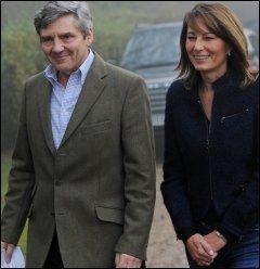 KATES FORELDRE: Michael Middleton og kona Carole Middleton etter dagens kunngjøring. Foto: AFP