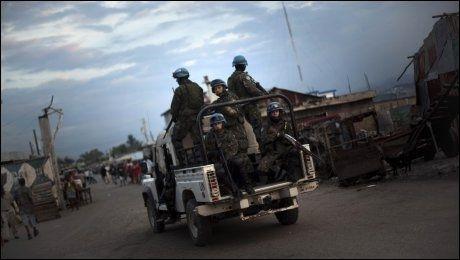 FRUSTRASJON: Den økende frustrasjonen i befolkningen i Haiti retter seg nå også mot FN-soldatene i landet. Foto: AP