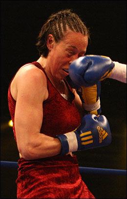 KLAR TIL KAMP: Diane Schwachhofer skal bokse mot Maria Lindberg. Foto: PA