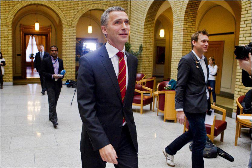 FORNØYD: Arbeiderpartiet og Jens Stoltenberg nærmer seg 30 prosent oppslutning. Foto: SCANPIX