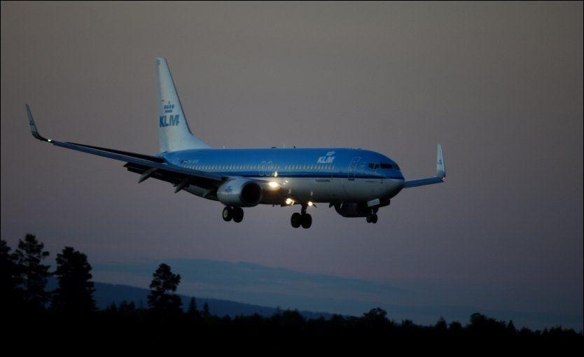 MÅTTE SNU: To nordmenn skal ha forårsaket at et KLM fly fra Italia til Nederland måtte snu etter kun en halv time i luften lørdag. Arkivfoto: JAN OVIND