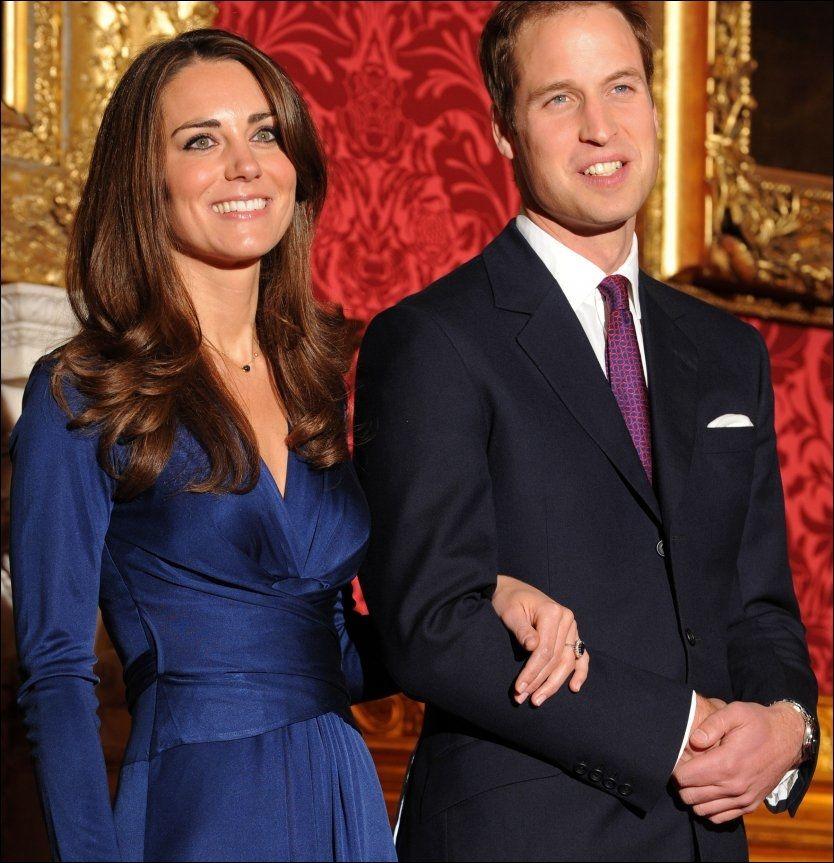 NYFORLOVET: Prins William (28) og Kate Middleton (28) på kunngjøringen i forrige uke. Foto: AFP
