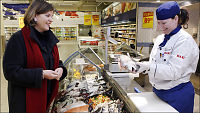 Butikker selger råtten fisk
