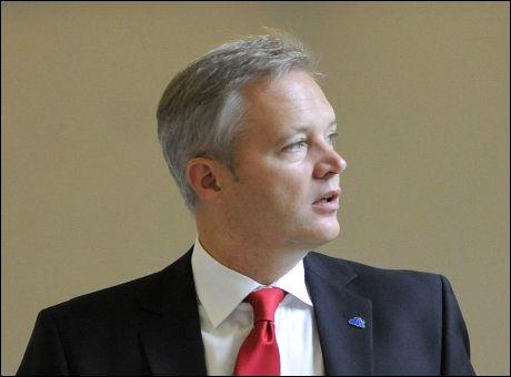 FORSVARSMINISTER: Sten Tolgfors fra partiet Moderaterna. Foto: AFP