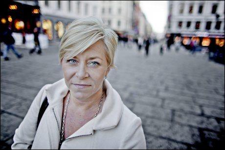 SKAPER TVIL: Siv Jensen mener regjeringen må rydde opp i tvilen som er skapt etter lekkasjen av WikiLeaks-dokumentene om jagerflykjøpet. Foto: Krister Sørbø/ VG