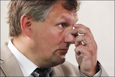 LØNNS-JUMBO: Olje og energiminister Terje Riis-Johansen tjener med sine 783 747 skatteliste-noterte kroner ikke i nærheten av sjefene i landets største kraftselskaper. Foto: Scanpix