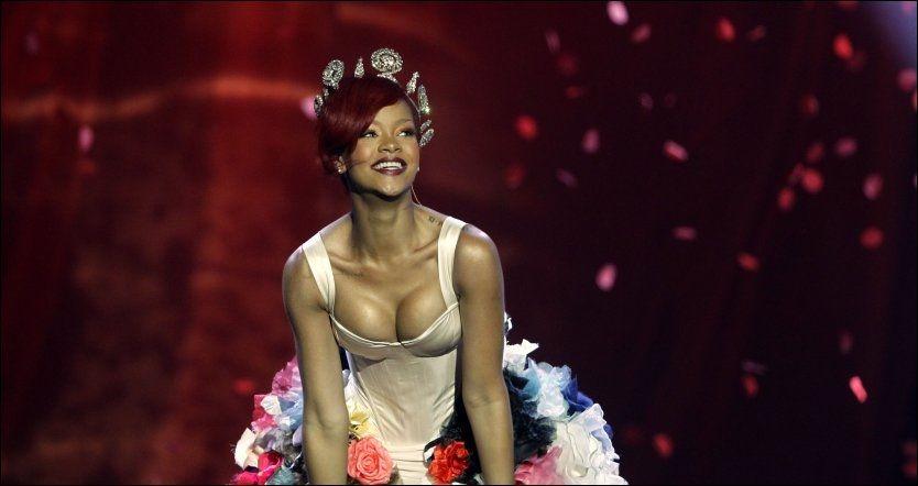 NORGESBESØK: Rihanna legger turen innom Norge når hun skal ut på ny turné. Foto: AP