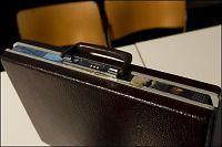 Ny sjekk av teipbiten på Treholts koffert