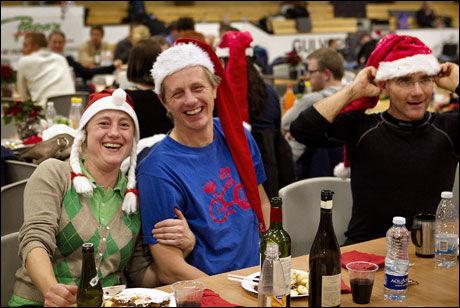 UTRADISJONELL JUL: Værfaste mennesker har feiret jul som best de kan på øya Bornholm. Foto: Scanpix