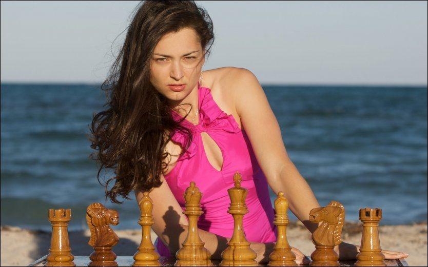 SLÅTT UT: Alexandra Kosteniuk ble slått allerede i tredje runde under VM i Tyrkia. Foto: www.kosteniuk.com