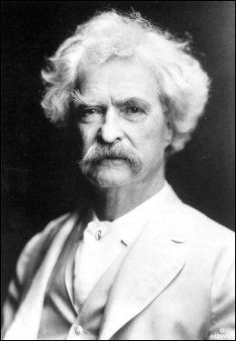 1835-1910: Mark Twain har blitt kalt amerikansk litteraturs far, og er blant annet kjent for bøkene «Huckleberry Finn» og «Tom Sawyer». Foto: AP