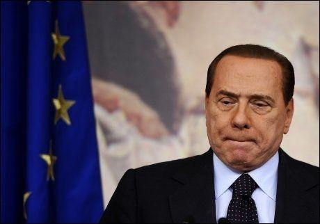 I HARDT VÆR: Italias statsminister Silvio Berlusconi. Foto: AFP