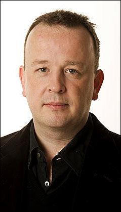 KOMMENTATOR OG EKS-ROCKER: Frithjof Jacobsen gikk under navnet Biff Malibu da han var vokalist i rockebandet Gluecifer. Nå er han en del av VGs kommentaravdeling. Foto: VG