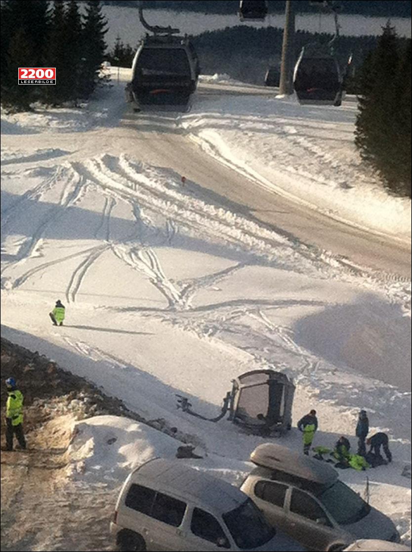 GONDOL I BAKKEN: Denne vogna falt 10 til 12 meter i Hafjell alpinsenter. Foto: Leserbilde