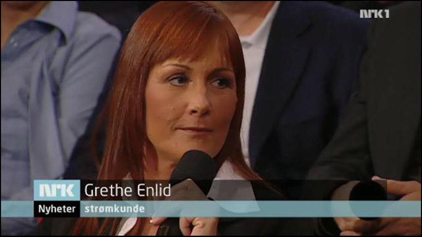 PÅ FRP-LISTE: Grethe Enlid ble fremstilt som en vanlig strømkunde da hun deltok i NRKs Debatten torsdag. Det ble ikke nevnt at hun står på 6. plass på lista til Trondheim FRP - og dermed er politisk aktiv i regionen det var snakk om. Foto: Videograb fra NRK