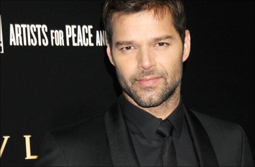TOBARNSFAR: Ricky Martin er far til tvillingene Matteo og Valentino. Foto: Pa Photos