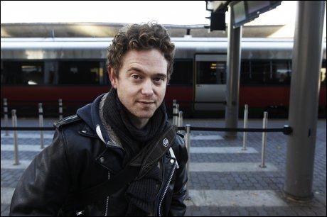 HYLLET I FRANKRIKE: Skuespiller Emil Johnsen vant pris under filmfestivalen i Angers i Frankrike. Foto: VG
