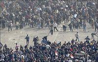 Demonstrantene jaget Mubarak-tilhengerne fra torget