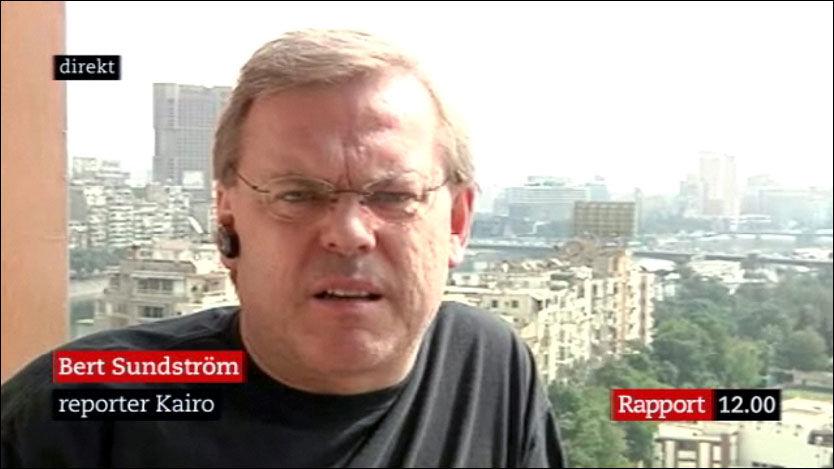 VED BEVISSTHET: SVTs journalist Bert Sundström har nå kommet med sin første uttalelse etter at han ble angrepet og alvorlig skadet i Kairo. Foto: SVT