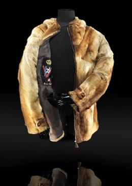 STJÅLET: Kong Haakons skijakke ble i går stjålet fra Skimuseet i Holmenkollen. Foto: Skimuseet