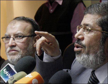 SØKER IKKE MAKT: Essam El-Erian, en talsmann for Det muslimske brorskap, på en pressekonferanse tidligere denne uken. Brorskapet avviser i en uttalelse at gruppen er ute etter makt og sier de ikke vil stille i presidentvalget. Foto: Ap