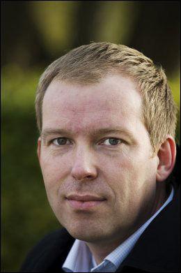 ANGRIPER FRP: Aps stortingsrepresentant Håkon Haugli. Foto: Line Møller