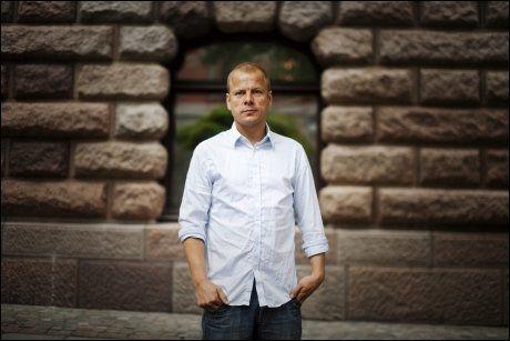 REAGERER: Heikki Holmås har liten sans for Fremskrittspartiets forslag om å DNA-registrere asylsøkere. Foto: Simen Grytøyr