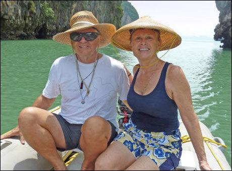 DREPT: Scott Adam og hans kone Jean fra California utgjør halve besetningen om bord i yachten Quest, som nå har blitt drept av somaliske pirater. Foto: PRIVAT