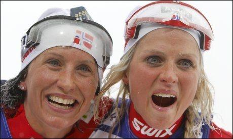 MEDALJEJENTENE: Dagens dobbel heter Marit og Therese. Foto: Scanpix