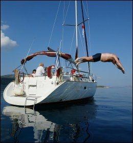GODE DAGER: Livet om bord på en seilbåt i Egeerhavet kan være veldig bra. Foto: TROND SOLBERG