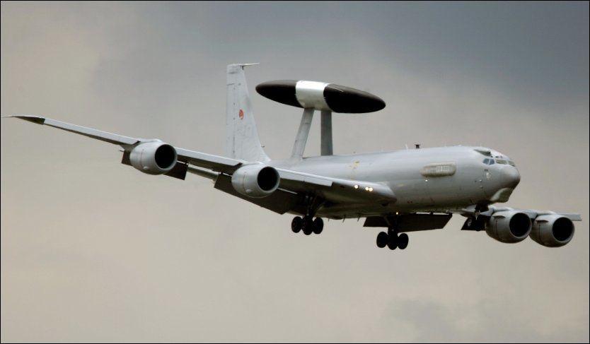 PÅ LIBYA-TOKT: Døgnet rundt de siste ukene har Awacs overvåkningsfly holdt oppsikt med luftrommet over Libya. Flere av besetningsmedlemmene har vært norske. Arkivfoto: AP