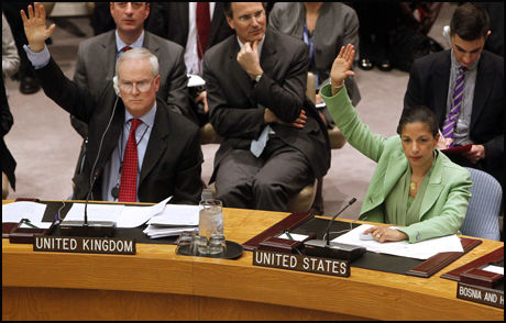STEMTE FOR: USA, Storbritannia og åtte andre medlemsland i FNs sikkerhetsråd stemte for å gripe inn i Libya. Russland og Kina var blant de fem landene som var avventende til resolusjonen. Foto: AP