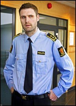 FLERE FORNÆRMEDE: Politiadvokat Fredrik Martin Soma utelukker ikke at det kan dukke opp flere fornærmede i saken mot Frp-topp Trond Birkedal (31). Foto: Hugo Bergsaker