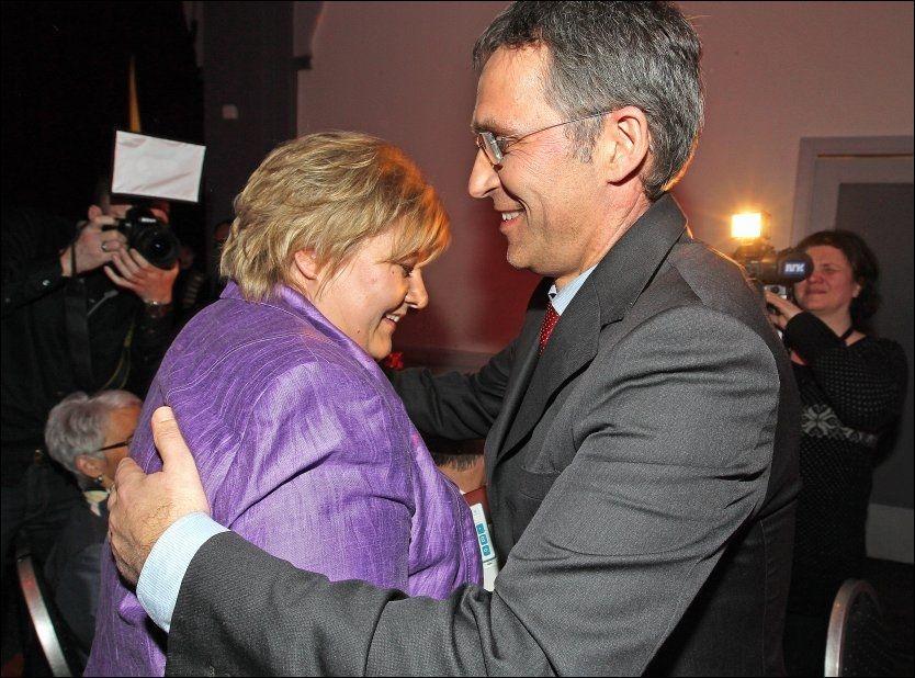 ENIGE: Så glade blir muligens Jens Stoltenberg og Erna Solberg for at Høyre og Arbeiderpartiet er blitt enige om EUs datalagringsdirektiv. Foto: Trond Solberg