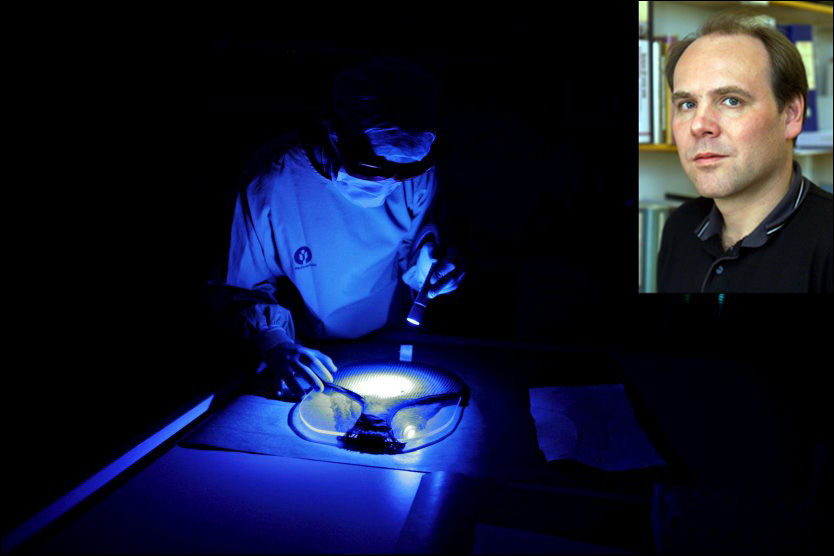 KONTROVERSIELT UTSAGN: Professor i strafferett, Asbjørn Strandbakken, mener det ikke trenger å være galt å oppbevare DNA-profiler og andre personopplysninger til personer som er sjekket ut av kriminalsaker. Foto: Aftenposten/Scanpix/VG