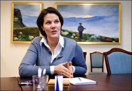 PERSONVERNVAKTBIKKJE: Cecilie Rønnevik i DAtatilsynet og hennes kolleger har avslørt DNA-skandalen ved Rettsmedisinsk institutt. Foto: Eivind Griffith Brænde