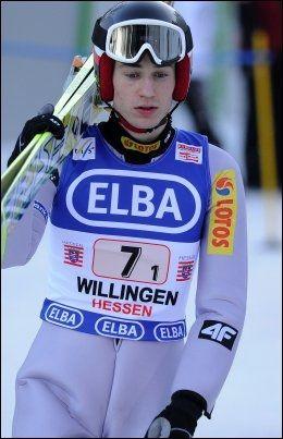 FOR TYNN?: Kamil Stoch er en av verdenscupens minste hoppere. Foto: AFP