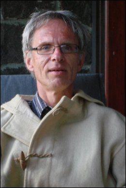 EKSPERT: Paul Bjerke, førsteamanuensis ved Høgskulen i Volda. Foto: Privat