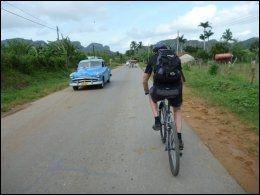CUBA PÅ LANGS: Flere norske selskaper tilbyr sykkelferie på Cuba. Foto: ANN-ELIN NORDDAL / HVITSERK